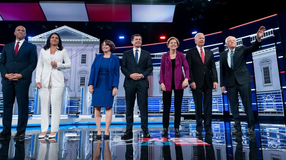 2020 presidential hopefuls ramp up campaign efforts as Iowa caucuses inch closer